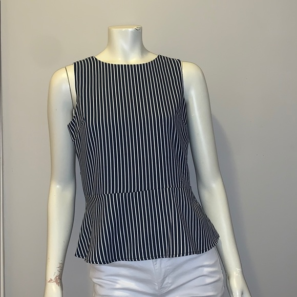 Banana Republic Factory Tops - 🌸 BANANA REPUBLIC TANK TOP NAVY STRIPED! 🌸